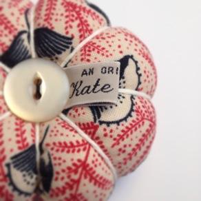 image from http://kswjewellery.typepad.com/.a/6a00e5505b51b5883301a51184c33e970c-pi