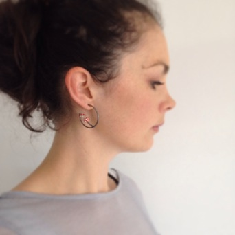 image from http://kswjewellery.typepad.com/.a/6a00e5505b51b5883301a3fd0a607e970b-pi